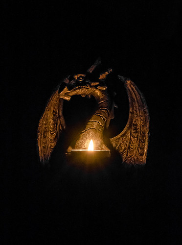 Dragon Candle Light