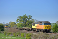 56096 tnt 56049 passing Grafton,Hereford on the 21-04-2019 with the  6C20 Maindee Est junction to Crewe Basford Hall S.S.M. (Robert Lewis(railhereford)) Tags: 56096 56049