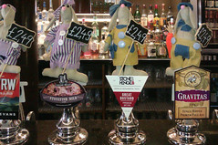 April 18th, 2019 Today's Tipple was Vale Brewery's Gravitas (karenblakeman) Tags: kingandcastle pub windsor berkshire uk beer ale valebrewery gravitas evansevans cwrw lymstonebrewery stonefishmild stonehengeales greatbustard 2019 2019pad april