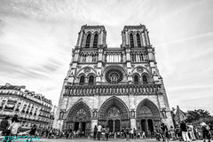 PARIS (01dgn) Tags: notredamedeparis paris fransa france frankreich travel holy holiday streetphotography bw