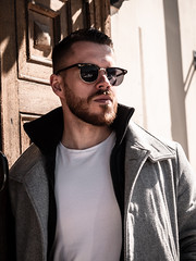 Herman_20190421_2089 (roni.laakso94) Tags: herman turku outdoor finland city sights nature moody yellow orange sunny spring photoshooting model man sunnies sunglasses photography varsinaissuomi forest