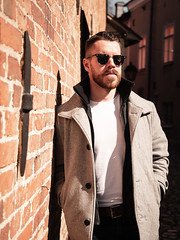 Herman_20190421_1903 (roni.laakso94) Tags: herman turku outdoor finland city sights nature moody yellow orange sunny spring photoshooting model man sunnies sunglasses photography varsinaissuomi forest