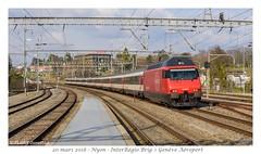 """Re 460 052 """"Eigenamt"""" - Nyon (CC72080) Tags: re460 interrégio nyon cff sbb ffs zug personenzug train treno locomotive lokomotive locomotiva lokomotiva vlak rail ferroviaire gare bahnhof"""