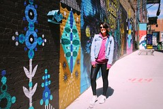 Oldest Daughter in Black Cat Alley, Milwaukee (Cragin Spring) Tags: blackcatalley alley mural cat midwest milwaukee milwaukeewi milwaukeewisconsin wisconsin wi city urban unitedstates usa unitedstatesofamerica family daughter artwork art