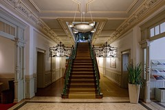 The Invitation II (picsessionphotoarts) Tags: mittelfranken bayern treppe treppenhaus germany nikon nikonphotography nikonfotografie nikond850 festbrennweite urbanromantix architektur nikkor20mmf18 stairs staircase invitation afsnikkor20mm118ged