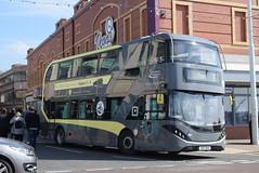 BT 432 @ North Pier, Blackpool (ianjpoole) Tags: blackpool transport alexander dennis enviro 400 city sn17mhk 432 working route 11 market street lytham square