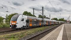 RRX Convoy storming through Krefeld-Linn (Nicky Boogaard) Tags: krefeld germany deutschebahn deutschland railroadphotography dmrailroad dmrailway railway railfan railfanning rrx nationalexpress rheinruhrxpress br426 426026