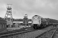 Foxfield Colliery (Treflyn) Tags: br british rail blue brcw class 331 33 crompton bagpipes 33102 sophie sidings foxfield colliery train 16t 21t mineral wagon hopper emrps photo charter east midlands photographic society
