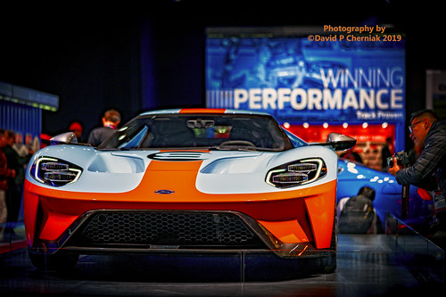 Nyc Auto Show 2020.Winning Performance 2020 Ford Gt Gulf Colors Head On Shot