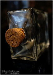 Macro Mondays - Bottlecap (angelakanner) Tags: canon70d 24mmpancake macromondays bottlecap glass cork macro