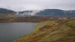 Butte Berkeley Pit 3 (▓▓▒▒░░) Tags: sony mobile cellphone xperia mine mining history montana ore copper butte road trip american west