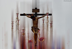 Oración por los martires de Sri Lanka (ricardocarmonafdez) Tags: cruz cristianos oración iglesia church cross christians escultura sculpture effect edition edicion processing