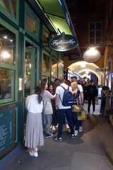 FIGLMÜLLER (artofthemystic) Tags: austria vienna figlmüller wollzeile tourists people queue