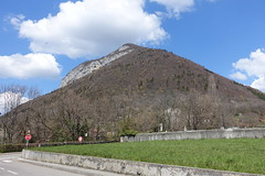 Mont Baret @ Menthon-Saint-Bermard @ Hike to Château de Menthon-Saint-Bernard, Rochers des Moillats & Ermitage de Saint-Germain (*_*) Tags: april afternoon spring printemps 2019 sunny europe france hautesavoie 74 annecy savoie hiking walk marche randonnee nature mountain montagne menthonsaintbernard