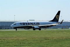 DSC03992 (richellis1978) Tags: ema east midlands airport airliner aeropark airplane aeroplane boeing 737 ryanair 800 737800 eifiy
