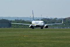 DSC03972 (richellis1978) Tags: ema east midlands airport airliner aeropark airplane aeroplane boeing 737 800 737800 ryanair elfrb