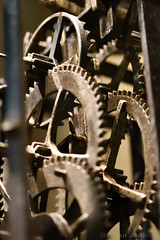 Castellated Dial Clock Mechanism (Early 1500s) (Bri_J) Tags: britishmuseum london uk museum historymuseum nikon d7500 castellateddialclock clock clockmechanism cogs weightdriven foliot