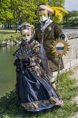 Costume vénitien (Pierre ESTEFFE Photo d'Art) Tags: ville chateau costume vénitien masque sullysurloire loiret france