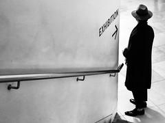 Exhibition (sven804) Tags: blackandwhite monochrome black white light dark street streetphotography streetshot streetlife streetstyle noir filmnoir silhouette cinematic nationalportraitgallery london