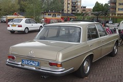 Mercedes W108 280S 3-9-1973 28-04-ZF (Fuego 81) Tags: mercedes w108 280s sclass 1973 2804zf onk cwodlp sidecode2 nshj82 toyota corolla