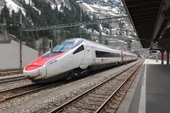 Göschenen - Alstom ETR 610 (Kecko) Tags: 2019 kecko switzerland swiss schweiz suisse svizzera innerschweiz zentralschweiz uri gotthard gotthardbahn göschenen sbb sangottardo bahn railway eisenbahn railroad bahnhof station zug train 938525030178chsbb rabe503 alstom etr610 multipleunit triebzug swissphoto geotagged geo:lat=46665190 geo:lon=8588930