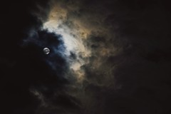 Moon 2 (domenicaviehberger) Tags: mond night sky skyline nature motiv himmelsfarben dark wolken licht lights lichtschein mondschein vollmond loweraustria dream mystic moon