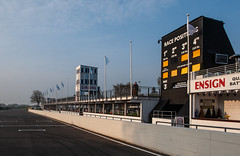 Goodwood Pit Lane (Jez B) Tags: goodwood members meeting 2019 77 77mm mm77 grrc road racing club competition motor sport motorsport historic classic auto car race pit lane start finish straight wall