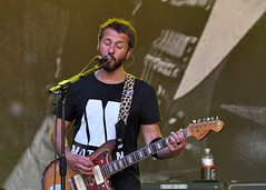 395-20180603_14th Wychwood Music Festival-Cheltenham-Gloucestershire-Main Stage-Feeder-lead guitar 2 & lead vocals (Nick Kaye) Tags: wychwood music festival cheltenham gloucestershire england