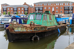 20190415 0052 Canal Work Boat and Appartments Diglis Basin Birmingham Canal Worcester (rodtuk) Tags: 4star boat england flipublic flickr midlands phototype places rating rodt roderict roderickt uk vehboat vehicle wip worcester worcestershire