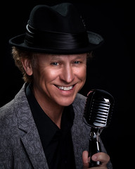 Matty B 041719 Headshot (TNrick) Tags: naples florida headshot microphone hat singer entertainer mattyb portrait