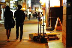 2053/1905 (june1777) Tags: snap street seoul night light bokeh canon eos 5d kyocera contax carl zeiss planar 85mm f14 3200 clear