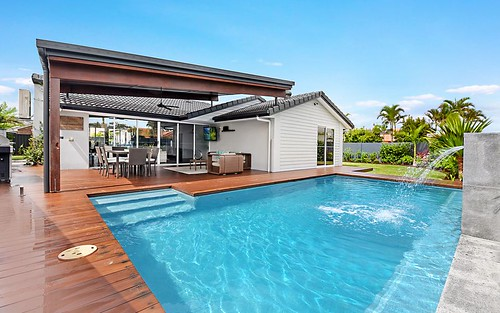 24 Pintail Crescent, Burleigh Waters QLD 4220