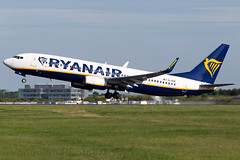 EI-DHE Ryanair B737-800 London Stansted Airport (Vanquish-Photography) Tags: eidhe ryanair b737800 london stansted airport vanquish photography vanquishphotography ryan taylor ryantaylor aviation railway canon eos 7d 6d 80d aeroplane train spotting egss stn londonstansted stanstedairport londonstanstedairport