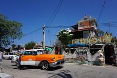 At Fusterlandia (Carlos A. Aviles) Tags: fusterlandia art color arte calle street urban urbano cuba havana car auto vintage
