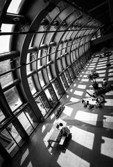 DSCF3862 (靴子) Tags: 黑白 單色 街頭 街拍 結構 光影 建築 捷運站 bw bnw street streetphoto city xt2 fujifilm