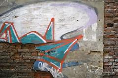 Temporary sign (Listenwave Photography) Tags: sigmadp3m foveon sanktpetersburg graffiti