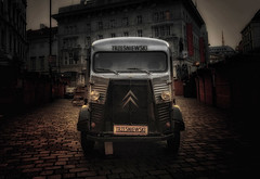 Citroen foodtruck (try...error) Tags: france car auto classic historic truck food old urban