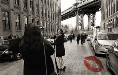 Love From New York! (Anthony Mark Images) Tags: newyork nyc manhattanbridge road cars cellphonephotographer photoop streetphotography prettygirl smile monochrome sepia gorgeous beautifulwoman lovely beautiful prettywoman nikon d850 people portrait candid flickrclickx