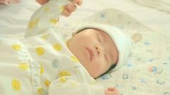 La nascita (eshao5721) Tags: creatore lanascita famiglia lachiesadidioonnipotente dioonnipotente