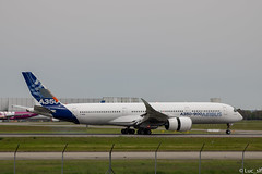 A350-900 Airbus F-WXWB // msn 001 (Luc_slf) Tags: airbus aviation avion toulouse toulouseairport blagnac aéronautique aeronaitics flighttest test a350 a350900 msn001