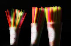 Pailles en lumière (Edgard.V) Tags: paille canudo couleurs cores colours colors colori drink bebida