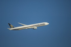 Singapore Airlines Boeing 777-300ER (AP-B777X) Tags: