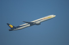 Jet Airway Boeing 777-300ER (AP-B777X) Tags: heathrow b777300 b777 boeing jet airways jetairways
