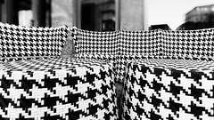 Seating-accommodation (Pascal Volk) Tags: berlin moabit berlinmitte sitzgelegenheit asiento seats artinbw schwarz weis black white blackandwhite schwarzweis sw bw bnw blancoynegro blanconegro wideangle weitwinkel granangular superwideangle superweitwinkel ultrawideangle ultraweitwinkel ww wa sww swa uww uwa spring frühling primavera canonpowershotg1xmarkiii 15mm dxophotolab dxosilverefexpro nikcollection monochromemonday monochrome