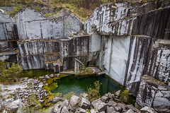 Italien Ostern 2019 (henning.wenk) Tags: decay rock stone lost abandoned water mine quarry marble italy 2019 italien ostern toskana urlaub holiday travel vacation