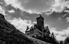 Ghostly Shit (schofz) Tags: schloss castel scuol vulpera schweiz switzerland engadin graubünden