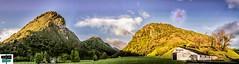 Quartier d'Arette - Vallée de Barétous (https://pays-basque-et-bearn.pagexl.com/) Tags: bergerie brebis hautbéarn aquitaine arette valléedubarétous nature paysage maison montagne prairie ciel colinebuch orageenapproche arette64 france