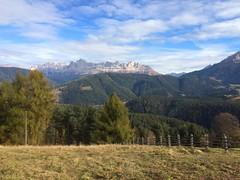 2017-11-01 iP JB 11311#s20 (cosplay shooter) Tags: panoramaweg südtirol altoadige southtyrol italien italia italy x201904 100c deutschnofen