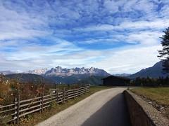 2017-11-01 iP JB 11293#ac (cosplay shooter) Tags: panoramaweg südtirol altoadige southtyrol italien italia italy x201904 100c deutschnofen