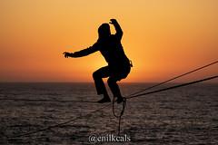 Herradura (enilkcals) Tags: highline high line slackline sunset oceanpacific pacific ocean silhouette silueta